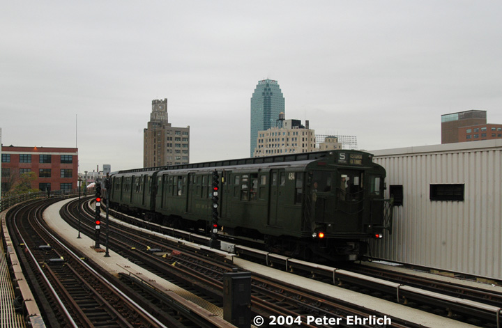 (113k, 720x471)<br><b>Country:</b> United States<br><b>City:</b> New York<br><b>System:</b> New York City Transit<br><b>Line:</b> BMT Astoria Line<br><b>Location:</b> 39th/Beebe Aves. <br><b>Route:</b> Fan Trip<br><b>Car:</b> R-4 (American Car & Foundry, 1932-1933) 484 <br><b>Photo by:</b> Peter Ehrlich<br><b>Date:</b> 10/29/2004<br><b>Notes:</b> In service Ditmars Blvd.-Canal St.<br><b>Viewed (this week/total):</b> 1 / 3073