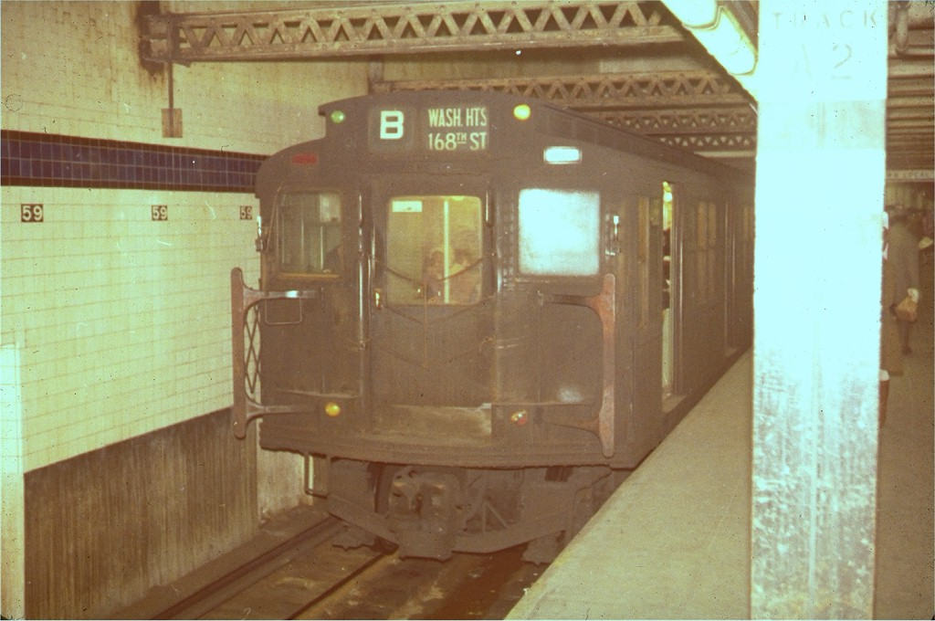 (159k, 1024x680)<br><b>Country:</b> United States<br><b>City:</b> New York<br><b>System:</b> New York City Transit<br><b>Line:</b> IND 8th Avenue Line<br><b>Location:</b> 59th Street/Columbus Circle <br><b>Route:</b> B<br><b>Car:</b> R-4 (American Car & Foundry, 1932-1933) 435 <br><b>Collection of:</b> Joe Testagrose<br><b>Viewed (this week/total):</b> 7 / 3533