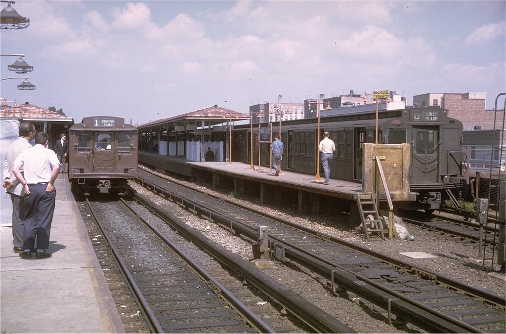 (219k, 1024x676)<br><b>Country:</b> United States<br><b>City:</b> New York<br><b>System:</b> New York City Transit<br><b>Line:</b> BMT Brighton Line<br><b>Location:</b> Kings Highway <br><b>Route:</b> D<br><b>Car:</b> R-4 (American Car & Foundry, 1932-1933) 446 <br><b>Photo by:</b> Joe Testagrose<br><b>Date:</b> 9/20/1970<br><b>Viewed (this week/total):</b> 0 / 3409