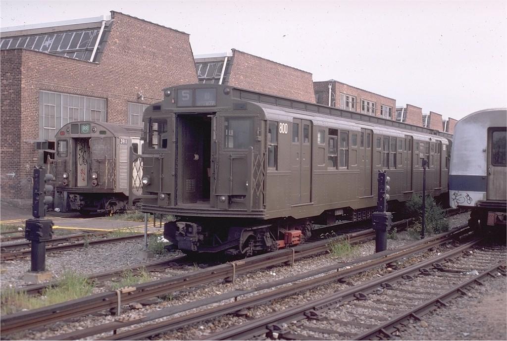 (217k, 1024x689)<br><b>Country:</b> United States<br><b>City:</b> New York<br><b>System:</b> New York City Transit<br><b>Location:</b> Coney Island Yard<br><b>Car:</b> R-4 (American Car & Foundry, 1932-1933) 800 <br><b>Photo by:</b> Doug Grotjahn<br><b>Collection of:</b> Joe Testagrose<br><b>Date:</b> 8/30/1980<br><b>Viewed (this week/total):</b> 1 / 2864