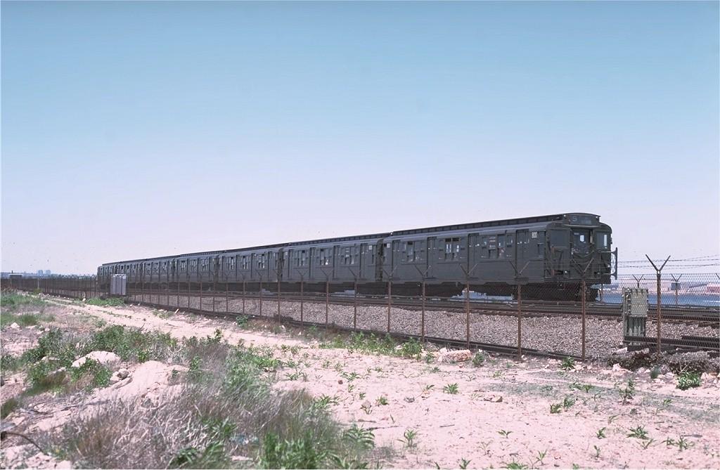 (176k, 1024x669)<br><b>Country:</b> United States<br><b>City:</b> New York<br><b>System:</b> New York City Transit<br><b>Line:</b> IND Rockaway<br><b>Location:</b> Jamaica Bay Crossing<br><b>Route:</b> Fan Trip<br><b>Car:</b> R-4 (American Car & Foundry, 1932-1933) 800 <br><b>Photo by:</b> Joe Testagrose<br><b>Date:</b> 6/4/1977<br><b>Viewed (this week/total):</b> 2 / 2532