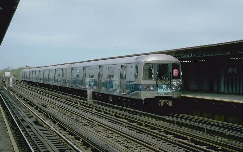 (176k, 1024x642)<br><b>Country:</b> United States<br><b>City:</b> New York<br><b>System:</b> New York City Transit<br><b>Line:</b> BMT Culver Line<br><b>Location:</b> Avenue U <br><b>Route:</b> F<br><b>Car:</b> R-46 (Pullman-Standard, 1974-75) 506 <br><b>Photo by:</b> Ed McKernan<br><b>Collection of:</b> Joe Testagrose<br><b>Date:</b> 5/1977<br><b>Viewed (this week/total):</b> 3 / 3227