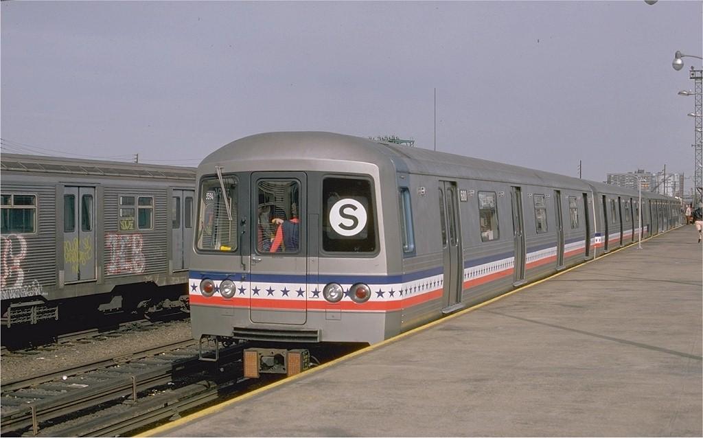 (150k, 1024x638)<br><b>Country:</b> United States<br><b>City:</b> New York<br><b>System:</b> New York City Transit<br><b>Line:</b> IND Rockaway<br><b>Location:</b> Rockaway Park/Beach 116th Street <br><b>Route:</b> Fan Trip<br><b>Car:</b> R-46 (Pullman-Standard, 1974-75) 680 <br><b>Photo by:</b> Ed McKernan<br><b>Collection of:</b> Joe Testagrose<br><b>Date:</b> 2/26/1977<br><b>Viewed (this week/total):</b> 0 / 3402