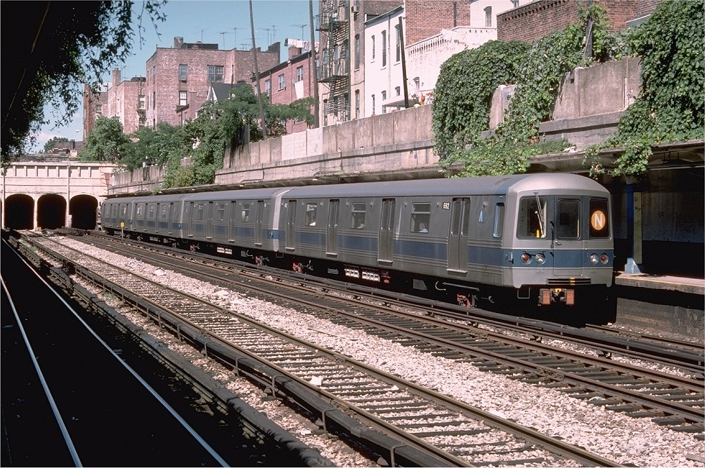 (301k, 1024x680)<br><b>Country:</b> United States<br><b>City:</b> New York<br><b>System:</b> New York City Transit<br><b>Line:</b> BMT Sea Beach Line<br><b>Location:</b> Bay Parkway (22nd Avenue) <br><b>Route:</b> N<br><b>Car:</b> R-46 (Pullman-Standard, 1974-75) 692 <br><b>Photo by:</b> Doug Grotjahn<br><b>Collection of:</b> Joe Testagrose<br><b>Date:</b> 9/6/1976<br><b>Viewed (this week/total):</b> 2 / 4888