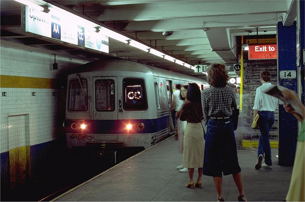 (205k, 1024x679)<br><b>Country:</b> United States<br><b>City:</b> New York<br><b>System:</b> New York City Transit<br><b>Line:</b> IND 8th Avenue Line<br><b>Location:</b> 14th Street <br><b>Route:</b> CC<br><b>Car:</b> R-46 (Pullman-Standard, 1974-75) 772 <br><b>Photo by:</b> Steve Zabel<br><b>Collection of:</b> Joe Testagrose<br><b>Date:</b> 8/21/1980<br><b>Viewed (this week/total):</b> 0 / 6032