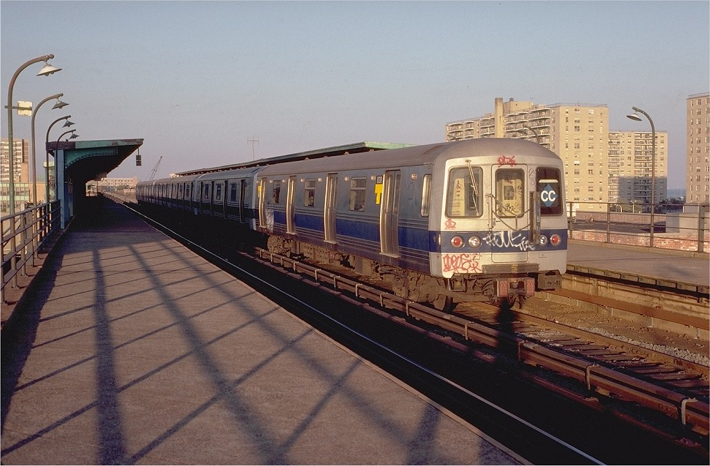 (203k, 1024x672)<br><b>Country:</b> United States<br><b>City:</b> New York<br><b>System:</b> New York City Transit<br><b>Line:</b> IND Rockaway<br><b>Location:</b> Beach 105th Street/Seaside <br><b>Route:</b> CC<br><b>Car:</b> R-46 (Pullman-Standard, 1974-75) 838 <br><b>Photo by:</b> Doug Grotjahn<br><b>Collection of:</b> Joe Testagrose<br><b>Date:</b> 9/3/1980<br><b>Viewed (this week/total):</b> 0 / 9185