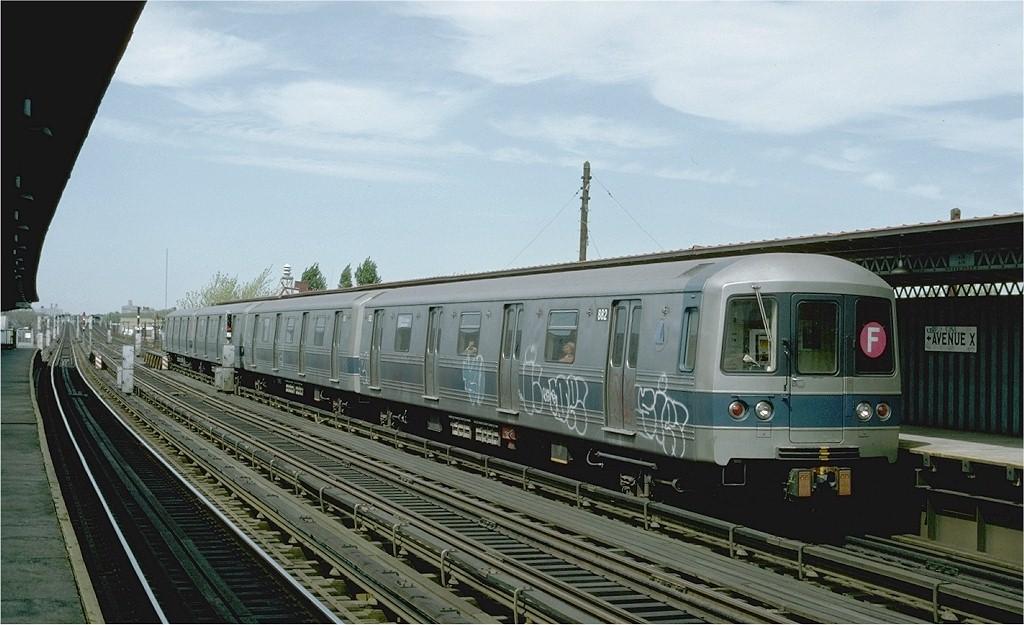 (176k, 1024x625)<br><b>Country:</b> United States<br><b>City:</b> New York<br><b>System:</b> New York City Transit<br><b>Line:</b> BMT Culver Line<br><b>Location:</b> Avenue X <br><b>Route:</b> F<br><b>Car:</b> R-46 (Pullman-Standard, 1974-75) 882 <br><b>Photo by:</b> Ed McKernan<br><b>Collection of:</b> Joe Testagrose<br><b>Date:</b> 4/8/1977<br><b>Viewed (this week/total):</b> 0 / 3719