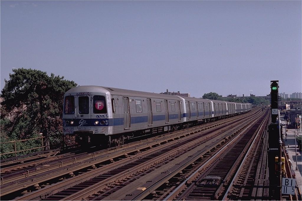 (221k, 1024x683)<br><b>Country:</b> United States<br><b>City:</b> New York<br><b>System:</b> New York City Transit<br><b>Line:</b> BMT Culver Line<br><b>Location:</b> Avenue P <br><b>Route:</b> F<br><b>Car:</b> R-46 (Pullman-Standard, 1974-75) 892 <br><b>Photo by:</b> Joe Testagrose<br><b>Date:</b> 7/4/1980<br><b>Viewed (this week/total):</b> 6 / 3987