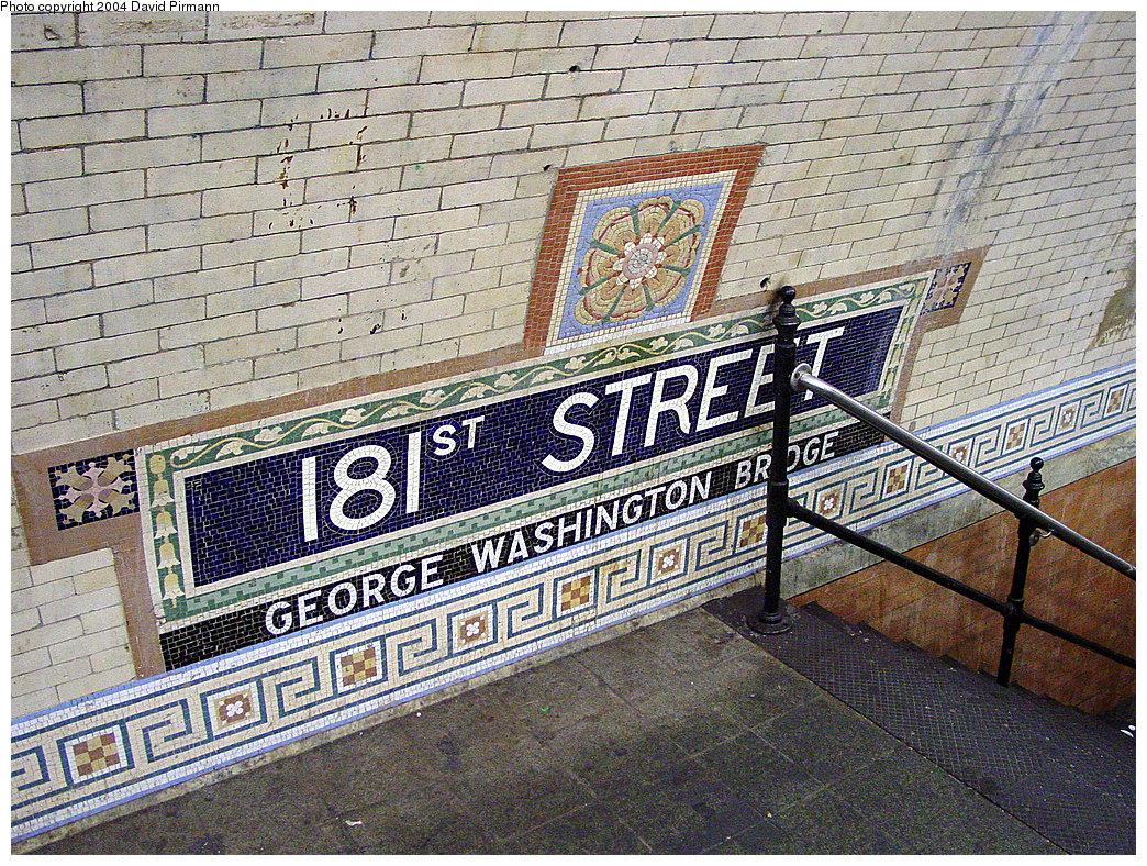 (458k, 1044x788)<br><b>Country:</b> United States<br><b>City:</b> New York<br><b>System:</b> New York City Transit<br><b>Line:</b> IRT West Side Line<br><b>Location:</b> 181st Street <br><b>Photo by:</b> David Pirmann<br><b>Date:</b> 11/6/2004<br><b>Viewed (this week/total):</b> 0 / 2449