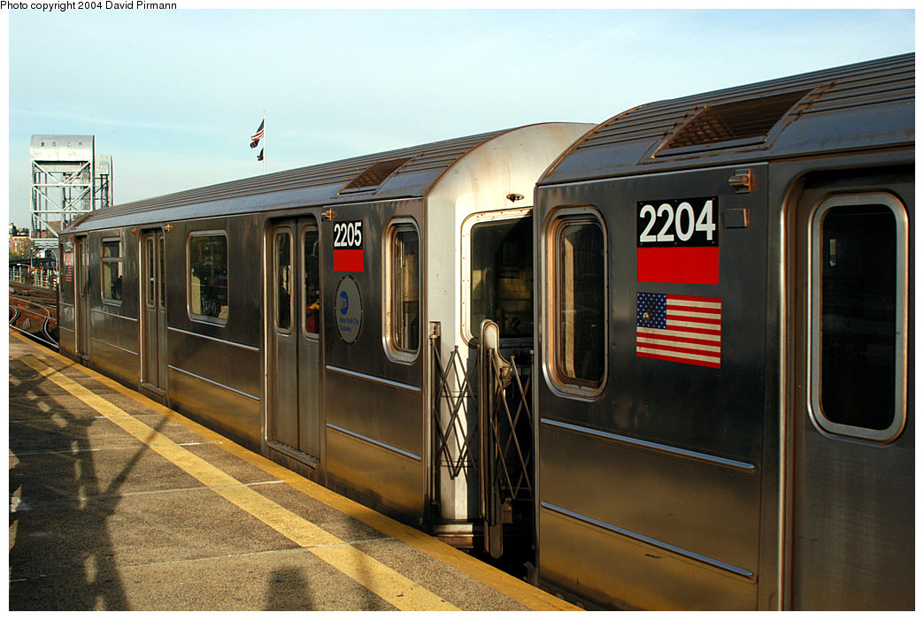 (245k, 1044x701)<br><b>Country:</b> United States<br><b>City:</b> New York<br><b>System:</b> New York City Transit<br><b>Line:</b> IRT West Side Line<br><b>Location:</b> 215th Street <br><b>Route:</b> 1<br><b>Car:</b> R-62A (Bombardier, 1984-1987)  2205 <br><b>Photo by:</b> David Pirmann<br><b>Date:</b> 11/6/2004<br><b>Viewed (this week/total):</b> 4 / 3480