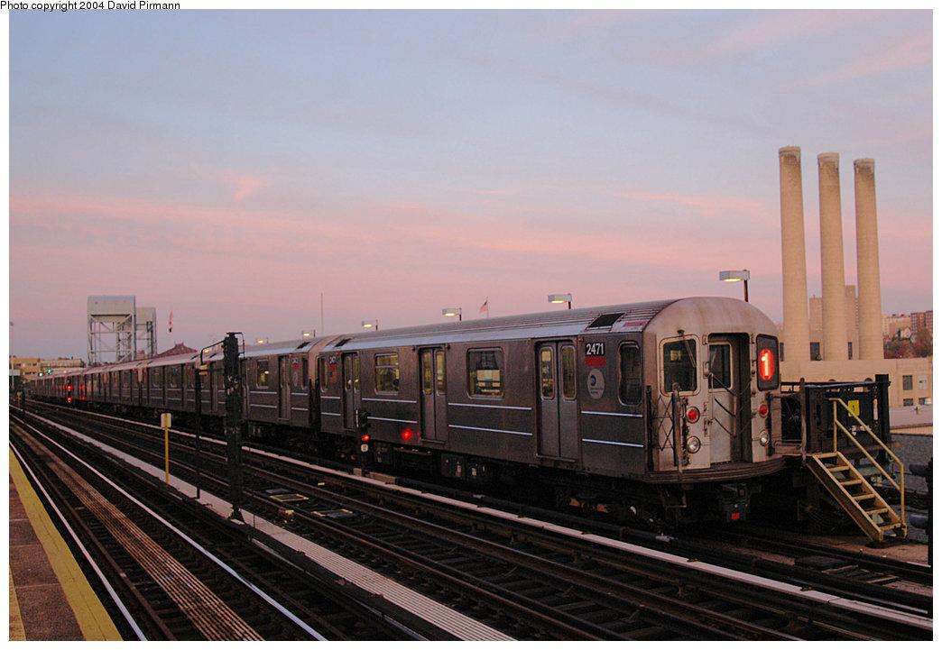 (202k, 1044x721)<br><b>Country:</b> United States<br><b>City:</b> New York<br><b>System:</b> New York City Transit<br><b>Line:</b> IRT West Side Line<br><b>Location:</b> 215th Street <br><b>Route:</b> 1<br><b>Car:</b> R-62A (Bombardier, 1984-1987)  2471 <br><b>Photo by:</b> David Pirmann<br><b>Date:</b> 11/6/2004<br><b>Viewed (this week/total):</b> 0 / 3657