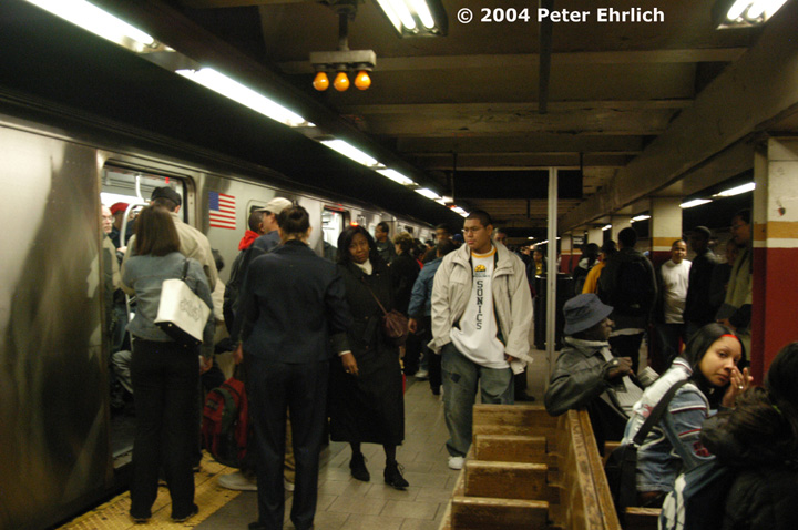 (139k, 720x478)<br><b>Country:</b> United States<br><b>City:</b> New York<br><b>System:</b> New York City Transit<br><b>Line:</b> IRT East Side Line<br><b>Location:</b> Brooklyn Bridge/City Hall <br><b>Route:</b> 5<br><b>Car:</b> R-142 (Option Order, Bombardier, 2002-2003)  1173 <br><b>Photo by:</b> Peter Ehrlich<br><b>Date:</b> 10/27/2004<br><b>Viewed (this week/total):</b> 2 / 8524