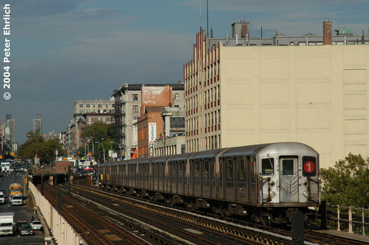 (148k, 720x478)<br><b>Country:</b> United States<br><b>City:</b> New York<br><b>System:</b> New York City Transit<br><b>Line:</b> IRT West Side Line<br><b>Location:</b> 125th Street <br><b>Route:</b> 1<br><b>Car:</b> R-62A (Bombardier, 1984-1987)  2306 <br><b>Photo by:</b> Peter Ehrlich<br><b>Date:</b> 10/27/2004<br><b>Viewed (this week/total):</b> 0 / 3547