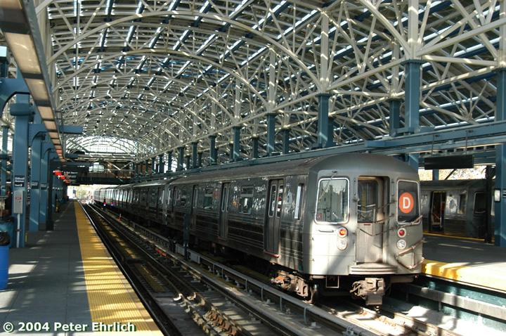 (223k, 720x478)<br><b>Country:</b> United States<br><b>City:</b> New York<br><b>System:</b> New York City Transit<br><b>Location:</b> Coney Island/Stillwell Avenue<br><b>Route:</b> D<br><b>Car:</b> R-68 (Westinghouse-Amrail, 1986-1988) 2644 <br><b>Photo by:</b> Peter Ehrlich<br><b>Date:</b> 10/28/2004<br><b>Viewed (this week/total):</b> 0 / 5374