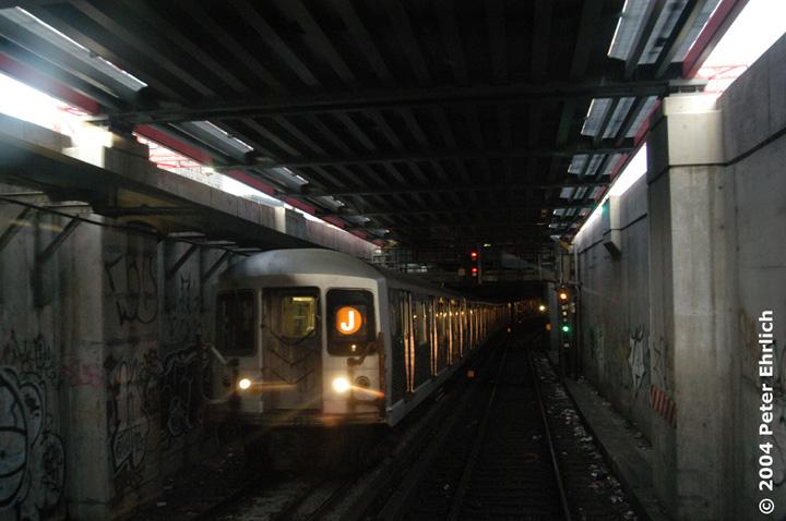 (123k, 720x478)<br><b>Country:</b> United States<br><b>City:</b> New York<br><b>System:</b> New York City Transit<br><b>Line:</b> BMT Nassau Street/Jamaica Line<br><b>Location:</b> Williamsburg Bridge<br><b>Route:</b> J<br><b>Car:</b> R-42 (St. Louis, 1969-1970)  4677 <br><b>Photo by:</b> Peter Ehrlich<br><b>Date:</b> 10/27/2004<br><b>Viewed (this week/total):</b> 2 / 5966
