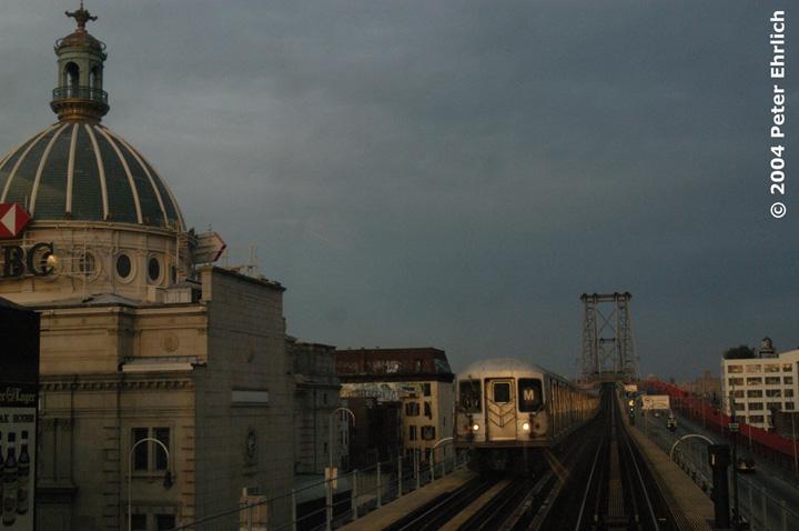 (115k, 720x478)<br><b>Country:</b> United States<br><b>City:</b> New York<br><b>System:</b> New York City Transit<br><b>Line:</b> BMT Nassau Street/Jamaica Line<br><b>Location:</b> Marcy Avenue <br><b>Route:</b> M<br><b>Car:</b> R-42 (St. Louis, 1969-1970)  4776 <br><b>Photo by:</b> Peter Ehrlich<br><b>Date:</b> 10/27/2004<br><b>Viewed (this week/total):</b> 0 / 3738