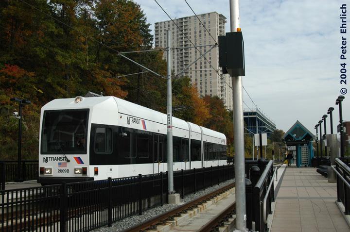 (159k, 720x478)<br><b>Country:</b> United States<br><b>City:</b> Hoboken, NJ<br><b>System:</b> Hudson Bergen Light Rail<br><b>Location:</b> 9th Street <br><b>Car:</b> NJT-HBLR LRV (Kinki-Sharyo, 1998-99)  2009 <br><b>Photo by:</b> Peter Ehrlich<br><b>Date:</b> 10/27/2004<br><b>Viewed (this week/total):</b> 3 / 2642