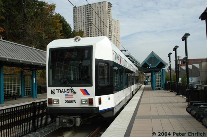 (148k, 720x478)<br><b>Country:</b> United States<br><b>City:</b> Hoboken, NJ<br><b>System:</b> Hudson Bergen Light Rail<br><b>Location:</b> 9th Street <br><b>Car:</b> NJT-HBLR LRV (Kinki-Sharyo, 1998-99)  2009 <br><b>Photo by:</b> Peter Ehrlich<br><b>Date:</b> 10/27/2004<br><b>Viewed (this week/total):</b> 1 / 2725