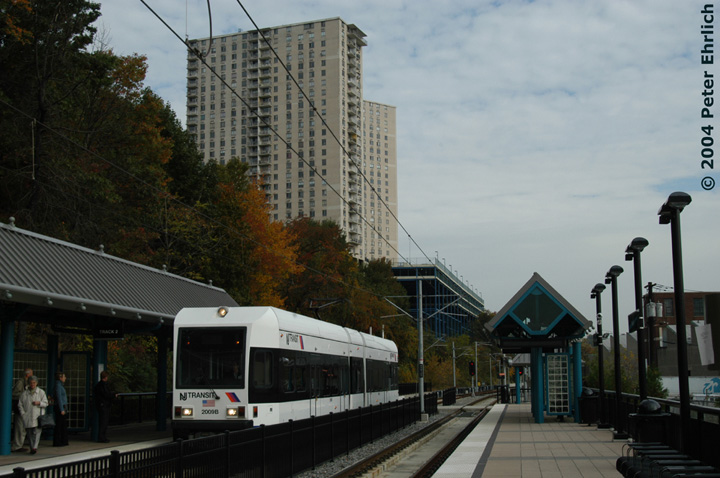 (131k, 720x478)<br><b>Country:</b> United States<br><b>City:</b> Hoboken, NJ<br><b>System:</b> Hudson Bergen Light Rail<br><b>Location:</b> 9th Street <br><b>Car:</b> NJT-HBLR LRV (Kinki-Sharyo, 1998-99)  2009 <br><b>Photo by:</b> Peter Ehrlich<br><b>Date:</b> 10/27/2004<br><b>Viewed (this week/total):</b> 0 / 2573