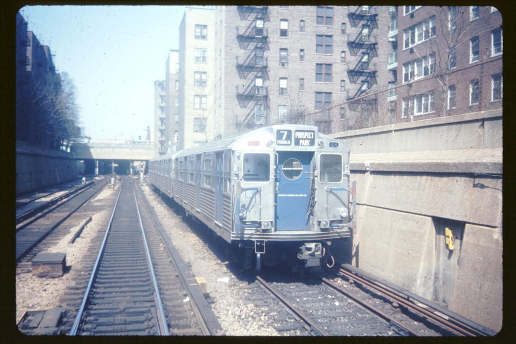 (120k, 1008x672)<br><b>Country:</b> United States<br><b>City:</b> New York<br><b>System:</b> New York City Transit<br><b>Line:</b> BMT Franklin<br><b>Location:</b> Layup South of Prospect Park <br><b>Car:</b> R-11 (Budd, 1949)  <br><b>Photo by:</b> Joe Korman<br><b>Viewed (this week/total):</b> 0 / 3929