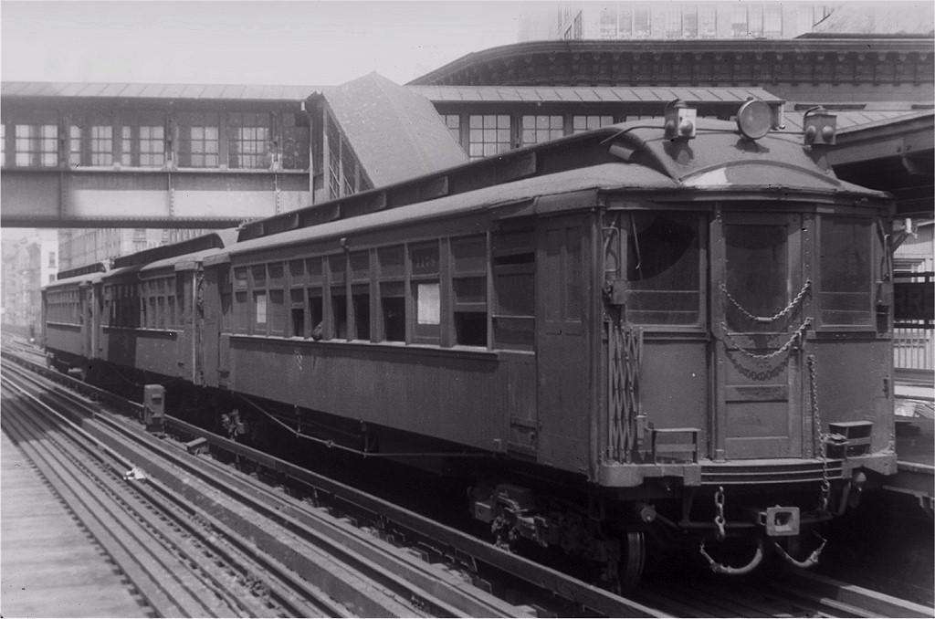 (166k, 1024x678)<br><b>Country:</b> United States<br><b>City:</b> New York<br><b>System:</b> New York City Transit<br><b>Line:</b> 9th Avenue El<br><b>Location:</b> Warren Street <br><b>Car:</b> MUDC 1178 <br><b>Photo by:</b> Frank Goldsmith<br><b>Collection of:</b> Joe Testagrose<br><b>Date:</b> 6/1/1940<br><b>Viewed (this week/total):</b> 2 / 5495