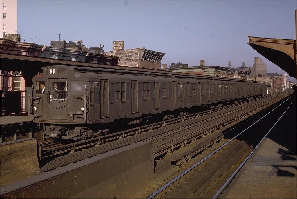 (218k, 1024x687)<br><b>Country:</b> United States<br><b>City:</b> New York<br><b>System:</b> New York City Transit<br><b>Line:</b> BMT Nassau Street/Jamaica Line<br><b>Location:</b> Halsey Street <br><b>Car:</b> R-7A (Pullman, 1938)  1580 <br><b>Photo by:</b> Doug Grotjahn<br><b>Collection of:</b> Joe Testagrose<br><b>Date:</b> 10/5/1970<br><b>Viewed (this week/total):</b> 1 / 3377