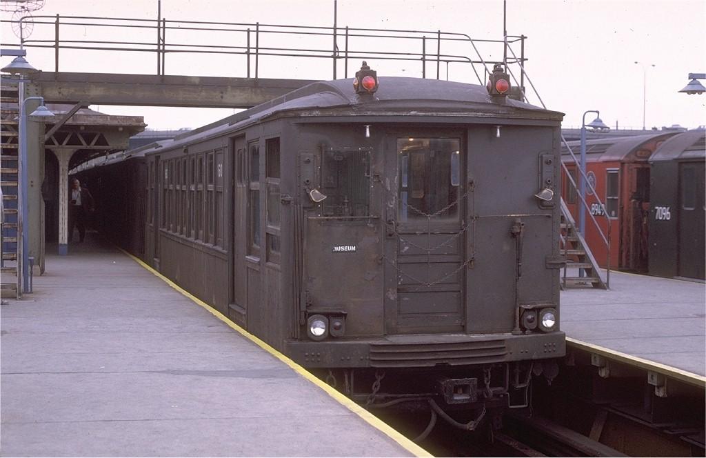 (160k, 1024x664)<br><b>Country:</b> United States<br><b>City:</b> New York<br><b>System:</b> New York City Transit<br><b>Line:</b> IRT White Plains Road Line<br><b>Location:</b> East 180th Street <br><b>Route:</b> Fan Trip<br><b>Car:</b> BMT Q 1602C <br><b>Photo by:</b> Joe Testagrose<br><b>Date:</b> 10/31/1970<br><b>Viewed (this week/total):</b> 3 / 2651