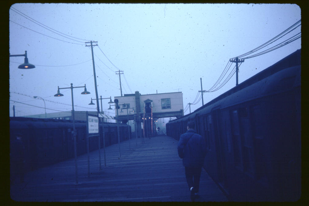 (58k, 1008x672)<br><b>Country:</b> United States<br><b>City:</b> New York<br><b>System:</b> New York City Transit<br><b>Line:</b> BMT Canarsie Line<br><b>Location:</b> Rockaway Parkway <br><b>Car:</b> BMT A/B-Type Standard  <br><b>Photo by:</b> Joe Korman<br><b>Viewed (this week/total):</b> 1 / 3035