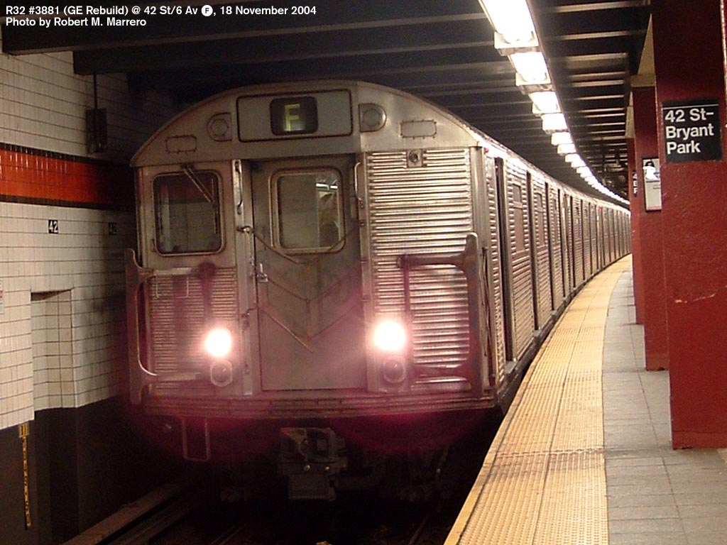 (159k, 1024x768)<br><b>Country:</b> United States<br><b>City:</b> New York<br><b>System:</b> New York City Transit<br><b>Line:</b> IND 6th Avenue Line<br><b>Location:</b> 42nd Street/Bryant Park <br><b>Route:</b> F<br><b>Car:</b> R-32 (GE Rebuild) 3881 <br><b>Photo by:</b> Robert Marrero<br><b>Date:</b> 11/18/2004<br><b>Viewed (this week/total):</b> 4 / 6640