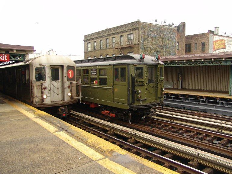 (106k, 768x576)<br><b>Country:</b> United States<br><b>City:</b> New York<br><b>System:</b> New York City Transit<br><b>Line:</b> IRT West Side Line<br><b>Location:</b> 238th Street <br><b>Route:</b> Fan Trip<br><b>Car:</b> R-62A (Bombardier, 1984-1987)  2451 <br><b>Photo by:</b> Richard Panse<br><b>Date:</b> 11/21/2004<br><b>Viewed (this week/total):</b> 1 / 4085