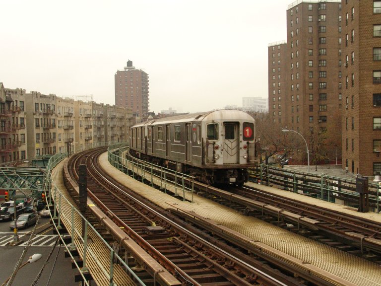 (107k, 768x576)<br><b>Country:</b> United States<br><b>City:</b> New York<br><b>System:</b> New York City Transit<br><b>Line:</b> IRT West Side Line<br><b>Location:</b> Dyckman Street <br><b>Route:</b> 1<br><b>Car:</b> R-62A (Bombardier, 1984-1987)  1875 <br><b>Photo by:</b> Richard Panse<br><b>Date:</b> 11/21/2004<br><b>Viewed (this week/total):</b> 0 / 3584
