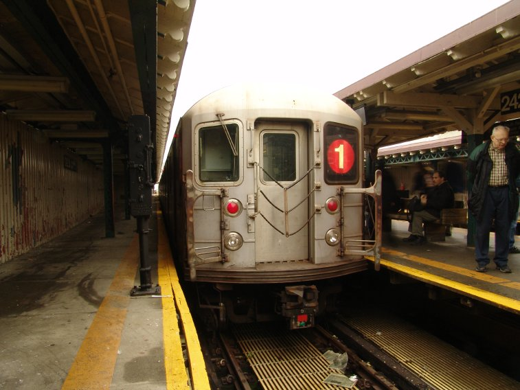 (80k, 757x568)<br><b>Country:</b> United States<br><b>City:</b> New York<br><b>System:</b> New York City Transit<br><b>Line:</b> IRT West Side Line<br><b>Location:</b> 242nd Street/Van Cortlandt Park <br><b>Route:</b> 1<br><b>Car:</b> R-62A (Bombardier, 1984-1987)  2260 <br><b>Photo by:</b> Richard Panse<br><b>Date:</b> 11/21/2004<br><b>Viewed (this week/total):</b> 2 / 5054