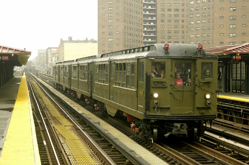 (124k, 800x532)<br><b>Country:</b> United States<br><b>City:</b> New York<br><b>System:</b> New York City Transit<br><b>Line:</b> IRT West Side Line<br><b>Location:</b> 125th Street <br><b>Route:</b> Fan Trip<br><b>Car:</b> Low-V (Museum Train) 5443 <br><b>Photo by:</b> Fred Guenther<br><b>Date:</b> 11/21/2004<br><b>Viewed (this week/total):</b> 1 / 2696