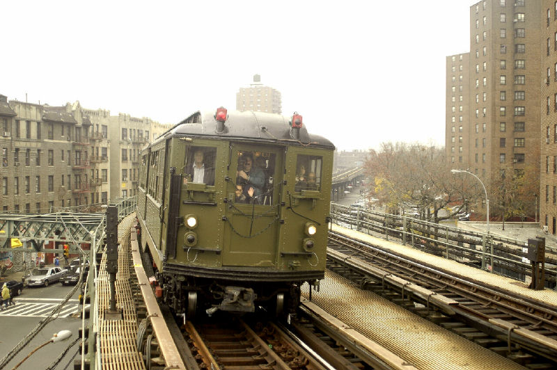 (111k, 800x532)<br><b>Country:</b> United States<br><b>City:</b> New York<br><b>System:</b> New York City Transit<br><b>Line:</b> IRT West Side Line<br><b>Location:</b> Dyckman Street <br><b>Route:</b> Fan Trip<br><b>Car:</b> Low-V (Museum Train) 5443 <br><b>Photo by:</b> Fred Guenther<br><b>Date:</b> 11/21/2004<br><b>Viewed (this week/total):</b> 0 / 3620