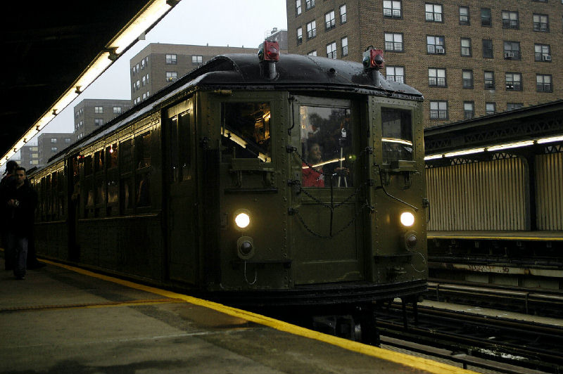 (94k, 800x532)<br><b>Country:</b> United States<br><b>City:</b> New York<br><b>System:</b> New York City Transit<br><b>Line:</b> IRT Brooklyn Line<br><b>Location:</b> Junius Street <br><b>Route:</b> Fan Trip<br><b>Car:</b> Low-V (Museum Train) 5443 <br><b>Photo by:</b> Fred Guenther<br><b>Date:</b> 11/21/2004<br><b>Viewed (this week/total):</b> 2 / 3524