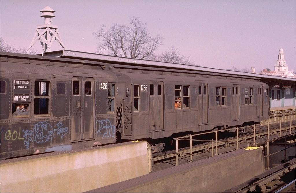 (185k, 1024x669)<br><b>Country:</b> United States<br><b>City:</b> New York<br><b>System:</b> New York City Transit<br><b>Line:</b> BMT Nassau Street/Jamaica Line<br><b>Location:</b> Cypress Hills <br><b>Route:</b> QJ<br><b>Car:</b> R-9 (Pressed Steel, 1940)  1786 <br><b>Photo by:</b> Joe Testagrose<br><b>Date:</b> 12/3/1972<br><b>Viewed (this week/total):</b> 3 / 3426