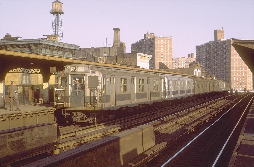 (202k, 1024x672)<br><b>Country:</b> United States<br><b>City:</b> New York<br><b>System:</b> New York City Transit<br><b>Line:</b> BMT Nassau Street/Jamaica Line<br><b>Location:</b> Hewes Street <br><b>Route:</b> KK<br><b>Car:</b> R-9 (Pressed Steel, 1940)  1798 <br><b>Photo by:</b> Joe Testagrose<br><b>Date:</b> 10/11/1971<br><b>Viewed (this week/total):</b> 0 / 3252