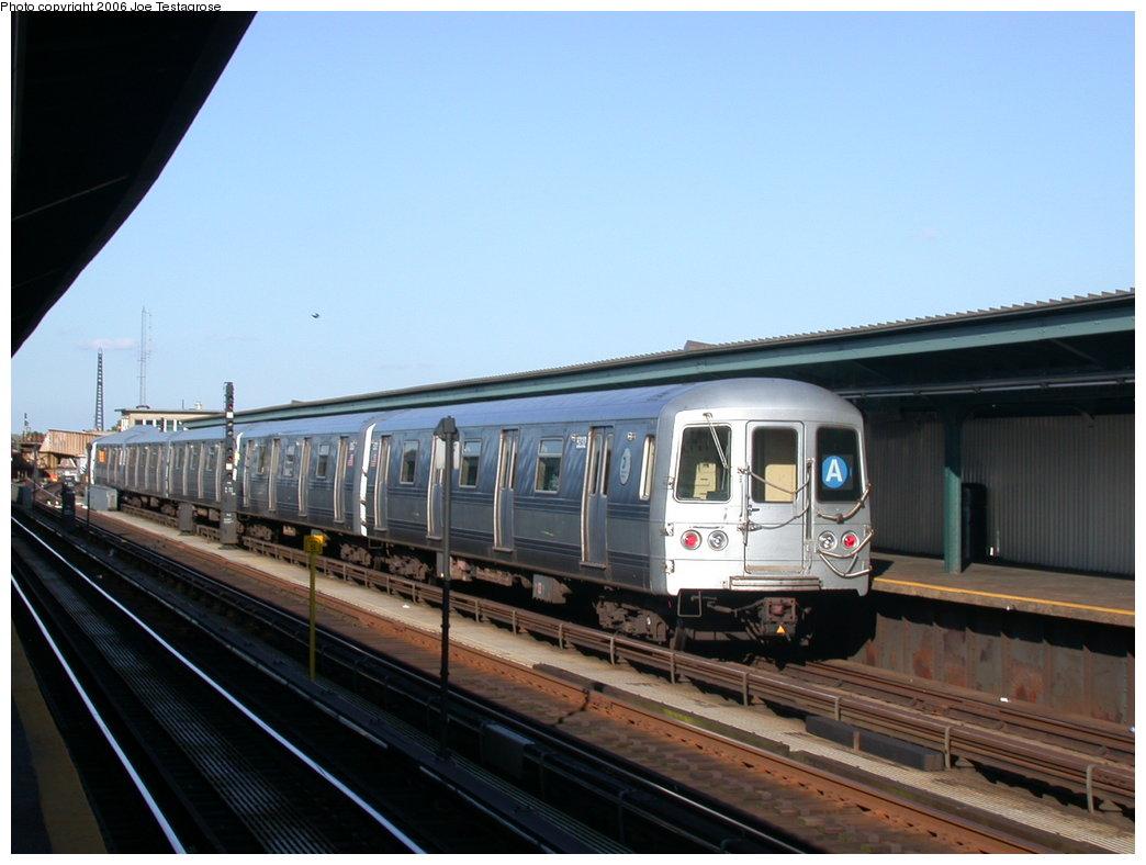 (169k, 1044x788)<br><b>Country:</b> United States<br><b>City:</b> New York<br><b>System:</b> New York City Transit<br><b>Line:</b> IND Fulton Street Line<br><b>Location:</b> Rockaway Boulevard <br><b>Route:</b> A<br><b>Car:</b> R-44 (St. Louis, 1971-73) 5232 <br><b>Photo by:</b> Joe Testagrose<br><b>Date:</b> 6/19/2004<br><b>Viewed (this week/total):</b> 1 / 2923