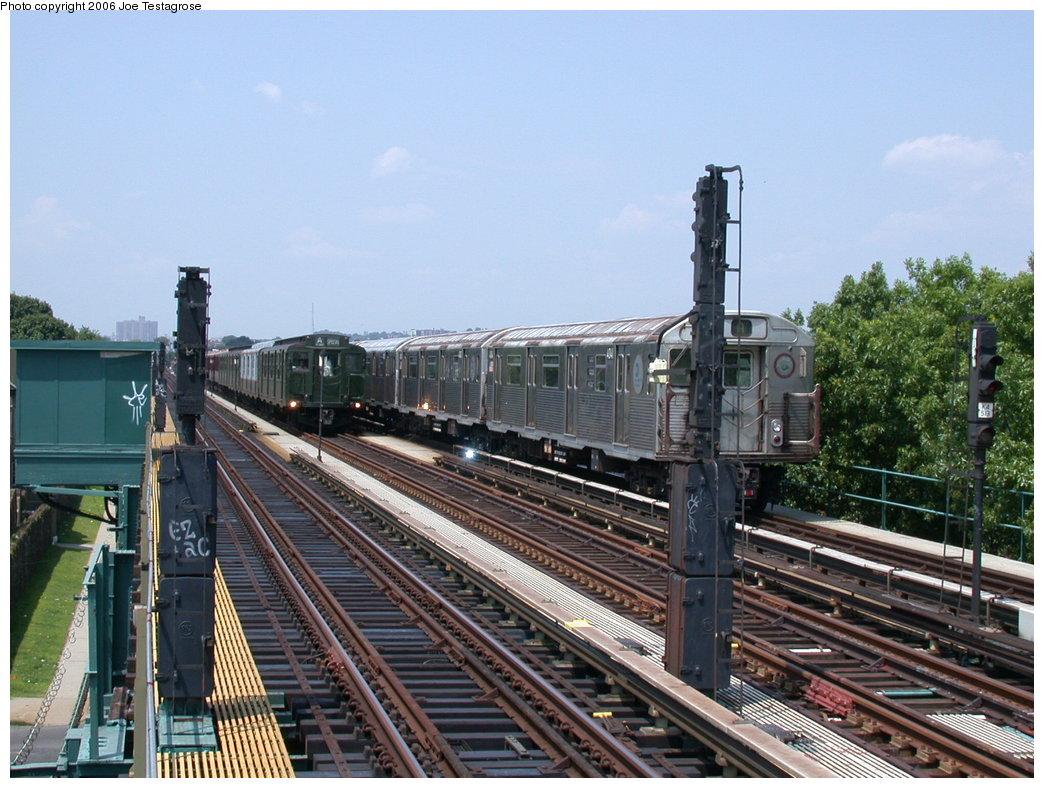 (225k, 1044x788)<br><b>Country:</b> United States<br><b>City:</b> New York<br><b>System:</b> New York City Transit<br><b>Line:</b> IND Fulton Street Line<br><b>Location:</b> 88th Street/Boyd Avenue <br><b>Route:</b> A<br><b>Car:</b> R-38 (St. Louis, 1966-1967)  4041 <br><b>Photo by:</b> Joe Testagrose<br><b>Date:</b> 7/17/2004<br><b>Viewed (this week/total):</b> 0 / 3563
