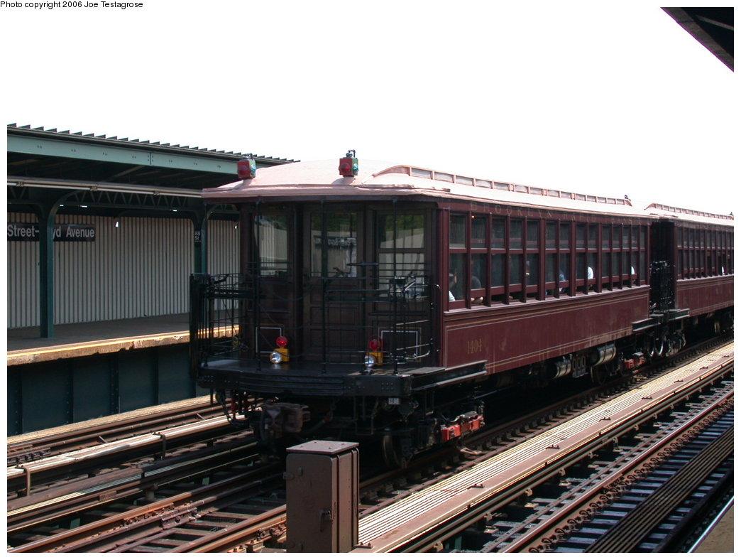 (193k, 1044x788)<br><b>Country:</b> United States<br><b>City:</b> New York<br><b>System:</b> New York City Transit<br><b>Line:</b> IND Fulton Street Line<br><b>Location:</b> 88th Street/Boyd Avenue <br><b>Route:</b> Fan Trip<br><b>Car:</b> BMT Elevated Gate Car 1404 <br><b>Photo by:</b> Joe Testagrose<br><b>Date:</b> 7/17/2004<br><b>Viewed (this week/total):</b> 0 / 2397