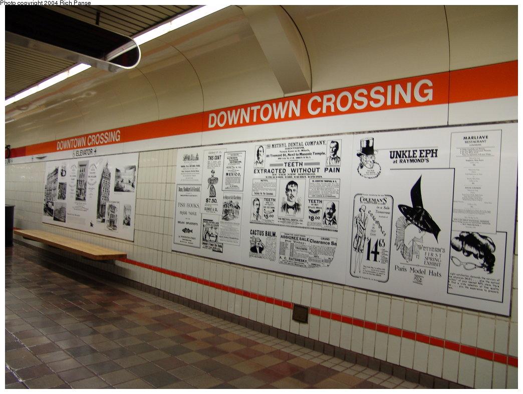 (174k, 1044x788)<br><b>Country:</b> United States<br><b>City:</b> Boston, MA<br><b>System:</b> MBTA<br><b>Line:</b> MBTA Orange Line<br><b>Location:</b> Downtown Crossing <br><b>Photo by:</b> Richard Panse<br><b>Date:</b> 9/19/2004<br><b>Viewed (this week/total):</b> 0 / 2607