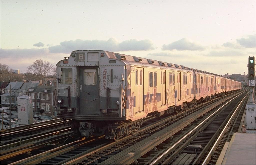 (183k, 1024x660)<br><b>Country:</b> United States<br><b>City:</b> New York<br><b>System:</b> New York City Transit<br><b>Line:</b> BMT West End Line<br><b>Location:</b> 71st Street <br><b>Route:</b> B<br><b>Car:</b> R-10 (American Car & Foundry, 1948) 3121 <br><b>Photo by:</b> Ed McKernan<br><b>Collection of:</b> Joe Testagrose<br><b>Date:</b> 11/18/1975<br><b>Viewed (this week/total):</b> 0 / 3682