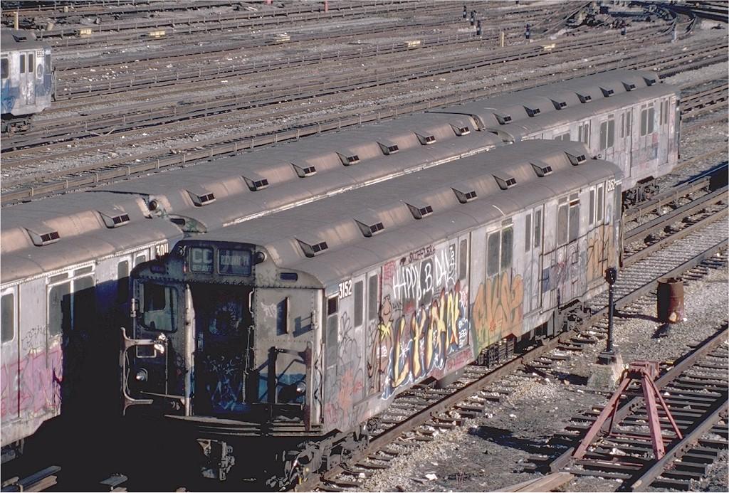 (272k, 1024x693)<br><b>Country:</b> United States<br><b>City:</b> New York<br><b>System:</b> New York City Transit<br><b>Location:</b> Concourse Yard<br><b>Car:</b> R-10 (American Car & Foundry, 1948) 3152 <br><b>Photo by:</b> Steve Zabel<br><b>Collection of:</b> Joe Testagrose<br><b>Date:</b> 2/26/1982<br><b>Viewed (this week/total):</b> 4 / 4866