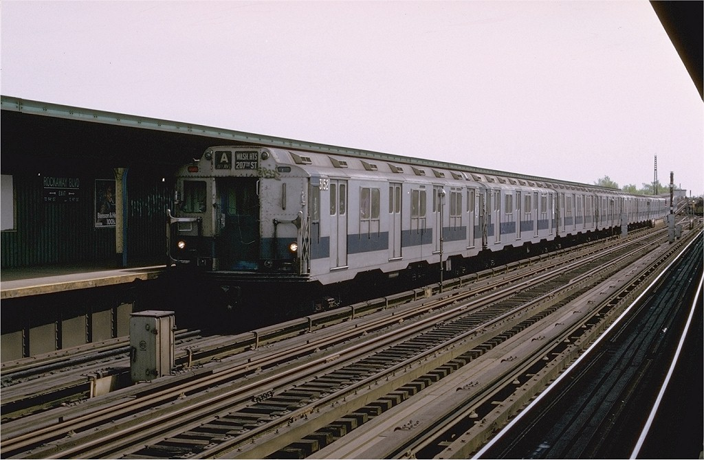 (190k, 1024x670)<br><b>Country:</b> United States<br><b>City:</b> New York<br><b>System:</b> New York City Transit<br><b>Line:</b> IND Fulton Street Line<br><b>Location:</b> Rockaway Boulevard <br><b>Route:</b> A<br><b>Car:</b> R-10 (American Car & Foundry, 1948) 3152 <br><b>Photo by:</b> Joe Testagrose<br><b>Date:</b> 5/5/1974<br><b>Viewed (this week/total):</b> 0 / 2828
