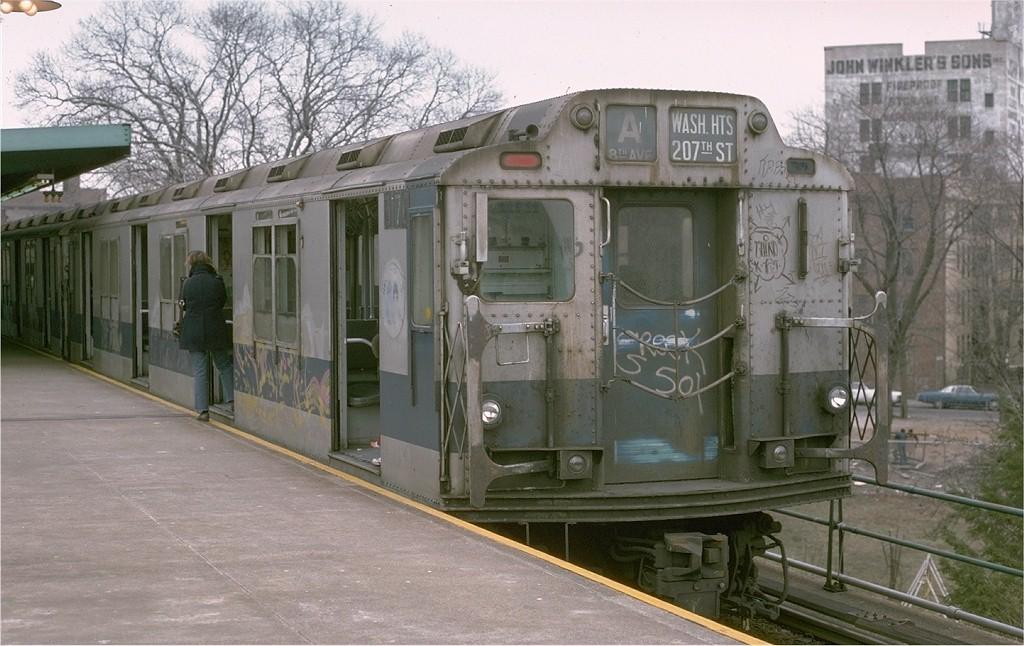 (191k, 1024x646)<br><b>Country:</b> United States<br><b>City:</b> New York<br><b>System:</b> New York City Transit<br><b>Line:</b> IND Rockaway<br><b>Location:</b> Mott Avenue/Far Rockaway <br><b>Route:</b> A<br><b>Car:</b> R-10 (American Car & Foundry, 1948) 3170 <br><b>Photo by:</b> Joe Testagrose<br><b>Date:</b> 3/16/1975<br><b>Viewed (this week/total):</b> 5 / 4320