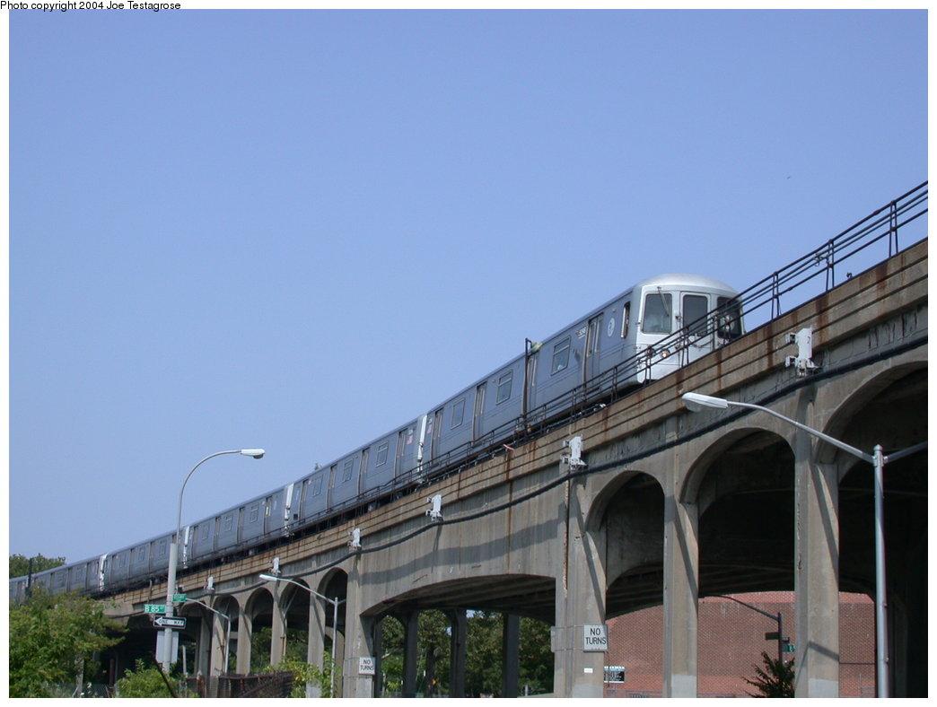 (155k, 1044x788)<br><b>Country:</b> United States<br><b>City:</b> New York<br><b>System:</b> New York City Transit<br><b>Line:</b> IND Rockaway<br><b>Location:</b> Hammels Wye <br><b>Route:</b> S<br><b>Car:</b> R-44 (St. Louis, 1971-73) 5298 <br><b>Photo by:</b> Joe Testagrose<br><b>Date:</b> 7/17/2004<br><b>Viewed (this week/total):</b> 0 / 4898