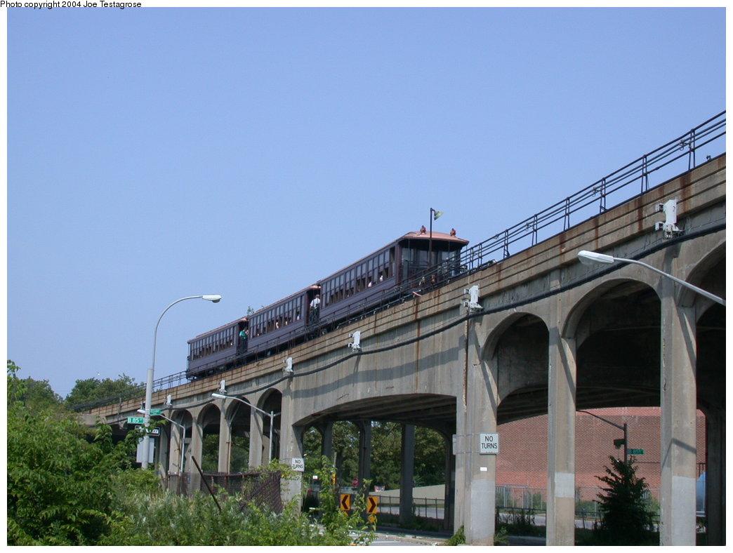 (177k, 1044x788)<br><b>Country:</b> United States<br><b>City:</b> New York<br><b>System:</b> New York City Transit<br><b>Line:</b> IND Rockaway<br><b>Location:</b> Hammels Wye <br><b>Route:</b> Fan Trip<br><b>Car:</b> BMT Elevated Gate Car 1407 <br><b>Photo by:</b> Joe Testagrose<br><b>Date:</b> 7/17/2004<br><b>Viewed (this week/total):</b> 1 / 4068