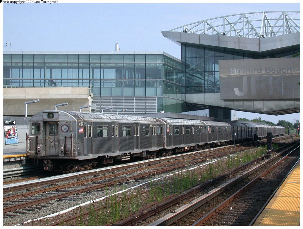 (235k, 1044x788)<br><b>Country:</b> United States<br><b>City:</b> New York<br><b>System:</b> New York City Transit<br><b>Line:</b> IND Rockaway<br><b>Location:</b> Howard Beach <br><b>Route:</b> A<br><b>Car:</b> R-38 (St. Louis, 1966-1967)  4109 <br><b>Photo by:</b> Joe Testagrose<br><b>Date:</b> 7/17/2004<br><b>Viewed (this week/total):</b> 0 / 4191