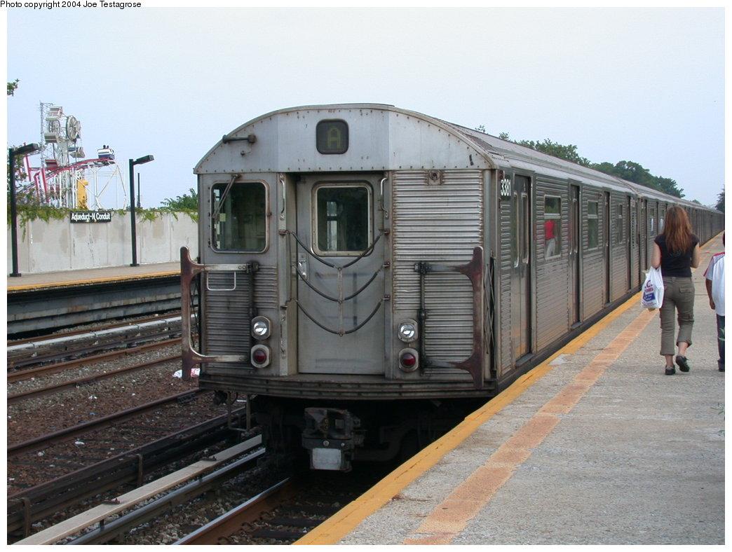 (197k, 1044x788)<br><b>Country:</b> United States<br><b>City:</b> New York<br><b>System:</b> New York City Transit<br><b>Line:</b> IND Rockaway<br><b>Location:</b> Aqueduct/North Conduit Avenue <br><b>Route:</b> A<br><b>Car:</b> R-32 (Budd, 1964)  3381 <br><b>Photo by:</b> Joe Testagrose<br><b>Date:</b> 7/17/2004<br><b>Viewed (this week/total):</b> 1 / 3881