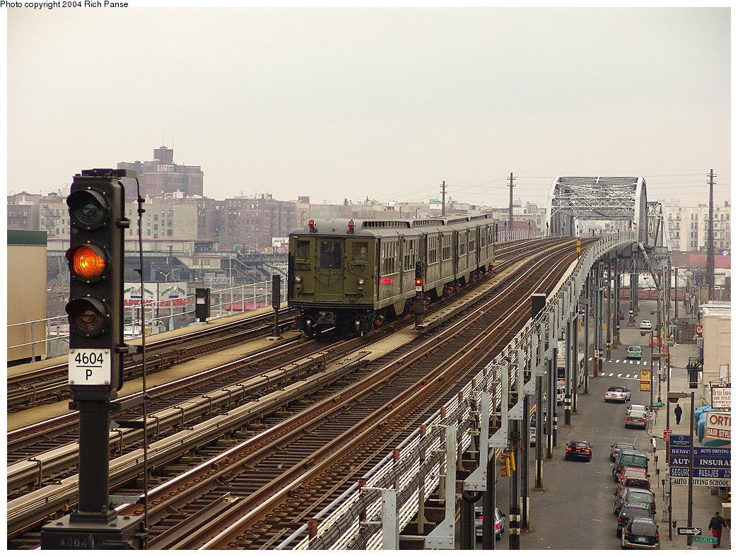 (255k, 1044x788)<br><b>Country:</b> United States<br><b>City:</b> New York<br><b>System:</b> New York City Transit<br><b>Line:</b> IRT Pelham Line<br><b>Location:</b> Elder Avenue <br><b>Route:</b> Fan Trip<br><b>Car:</b> Low-V (Museum Train) 5483 <br><b>Photo by:</b> Richard Panse<br><b>Date:</b> 12/19/2004<br><b>Viewed (this week/total):</b> 0 / 4159